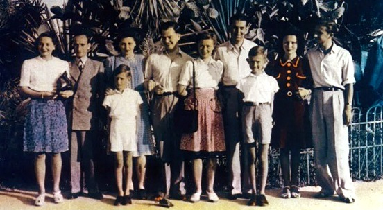 Manfred Wolf and his family in Nice